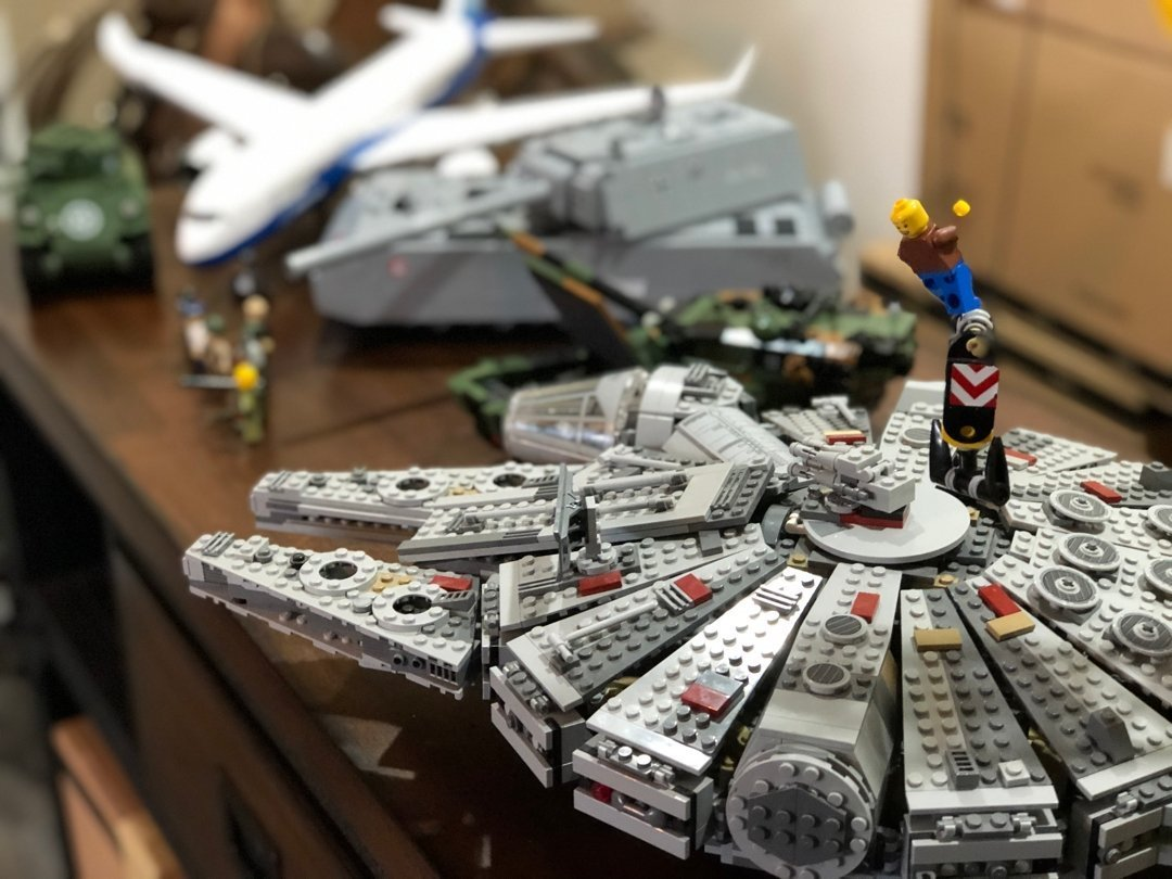 differences between COBI and LEGO sets