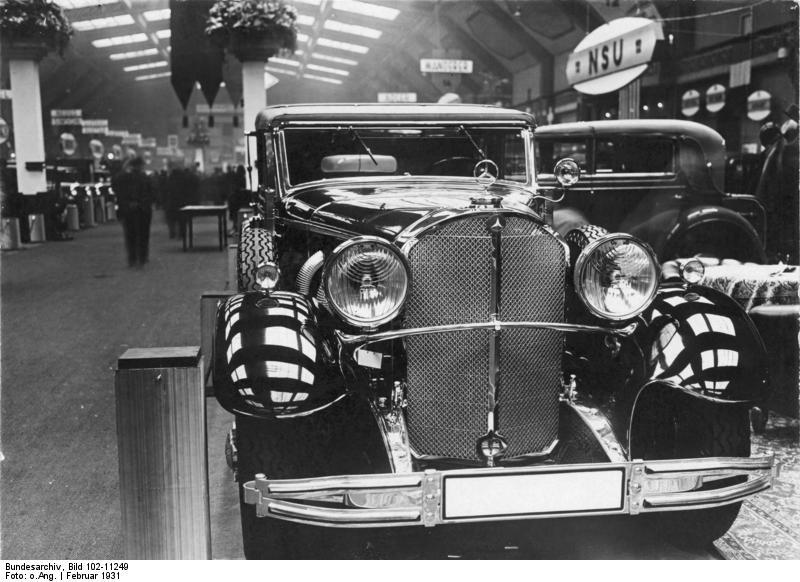 COBI 1938 Mercedes 770 Staff Car Set (2407) History