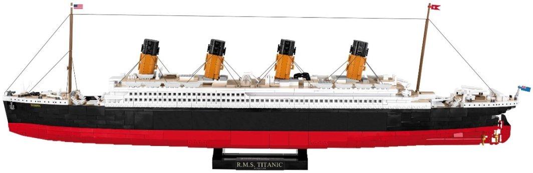 COBI R.M.S Titanic Set (1916) Display