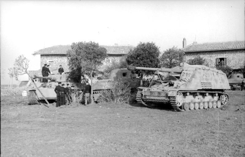 WWII Nashorn tank lego