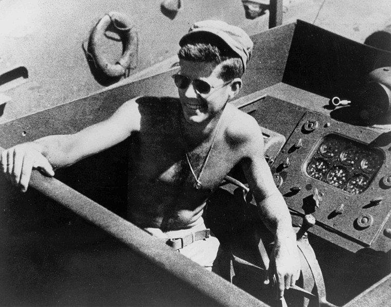 COBI PT-109 Torpedo Boat with John Kennedy
