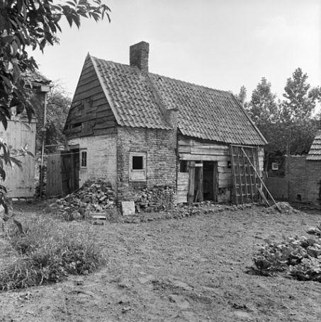 Bakehouse behind Dorpsstraat 22, Oostkapelle, Zeeland, Netherlands