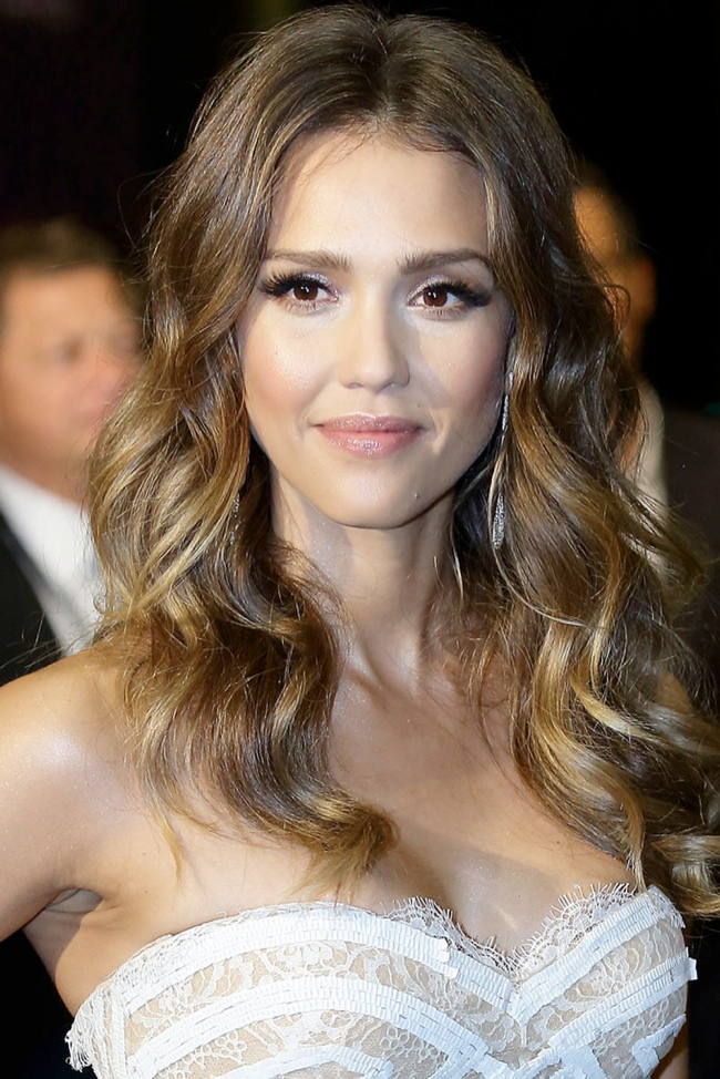 JESSICA ALBA at Social Star Awards