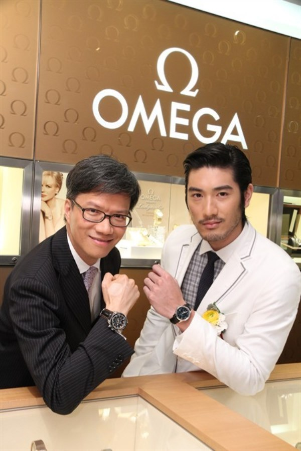 WTFSG-omega-restores-two-boutiques-in-hong-kong-3