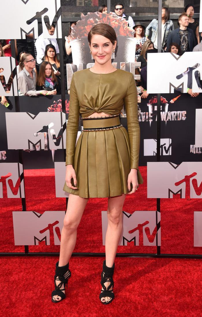 WTFSG-2014-mtv-movie-awards-red-carpet-Shailene-Woodley