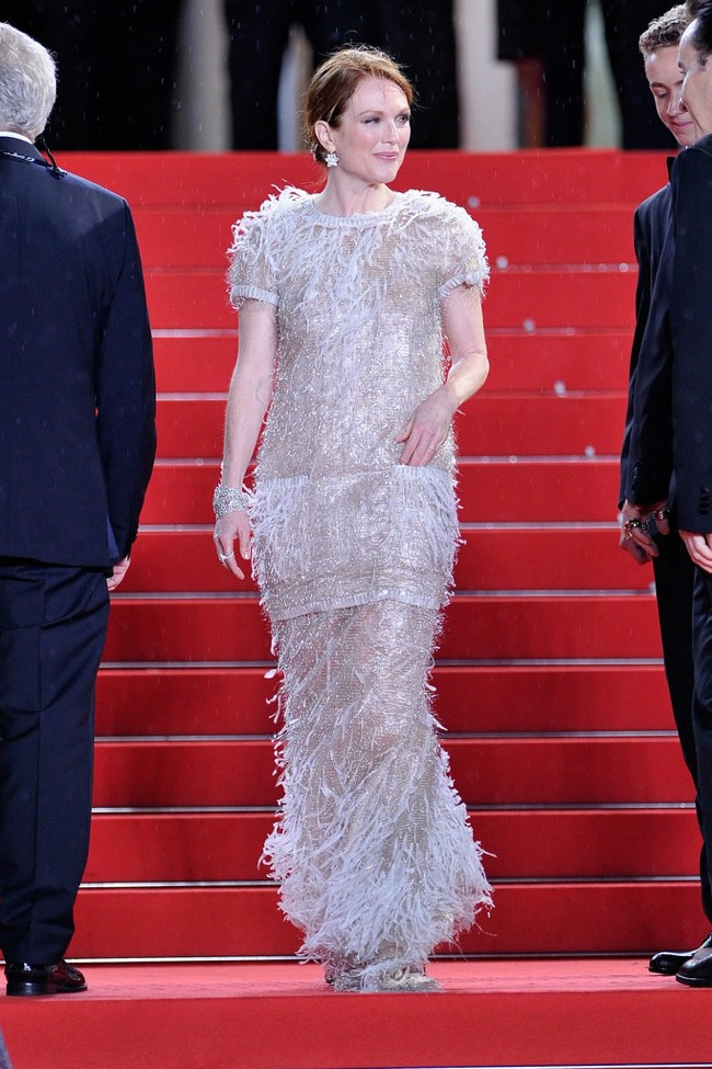 WTFSG-cannes-film-festival-day-7-red-carpet-julianne-moore