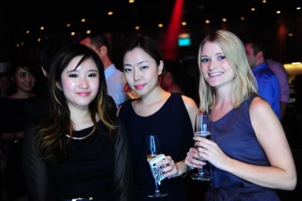 WTFSG-tudor-opens-largest-boutique-in-southeast-asia-marina-bay-sands-Lau-Min-Li_Alice-Lee_Beth-Hayes