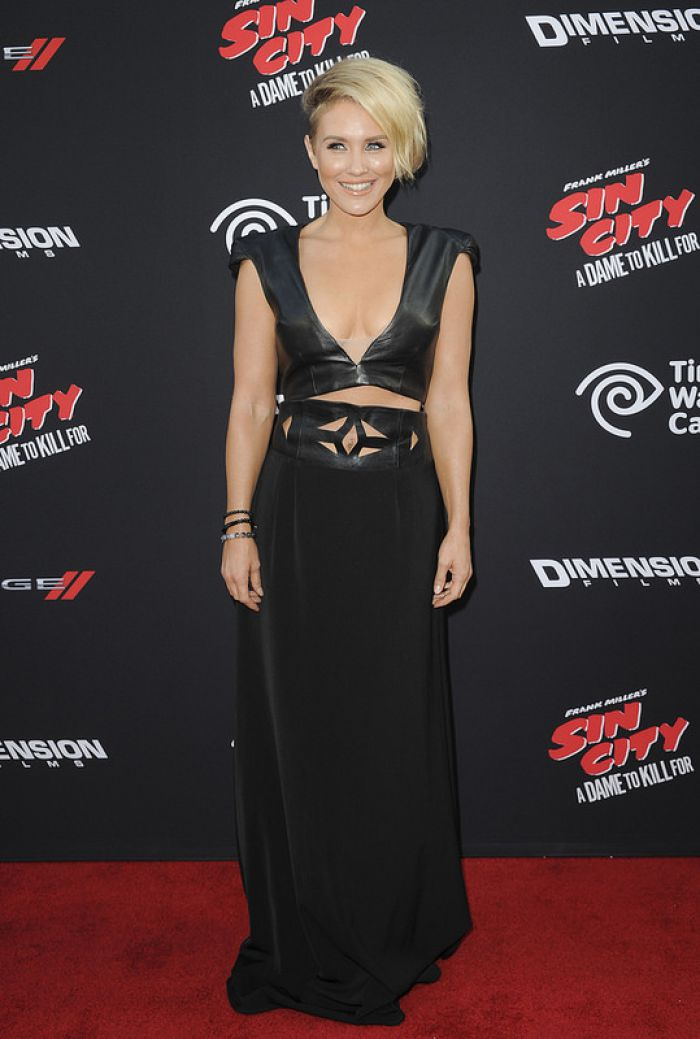 WTFSG-Sin City-A-Dame-to-Kill-For-LA Premiere-Nicky-Whelan