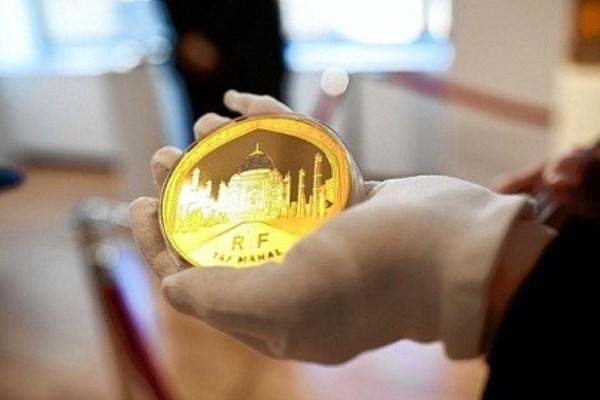 WTFSG_taj-mahal-gold-coin-cartier-diamonds