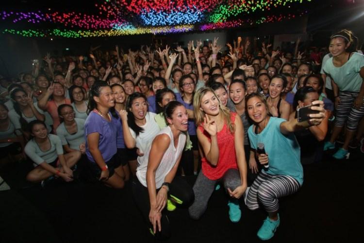 WTFSG_eugenie-bouchard-Marie-Purvis-rallies-600-girls-Nike-Training-Club-ntc-live-singapore