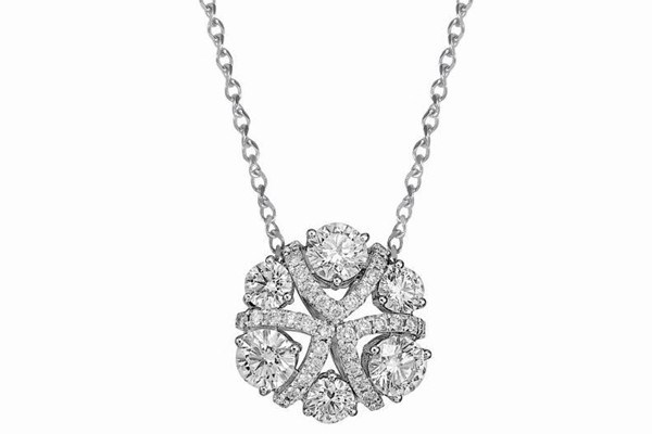 WTFSG_larry-jewelry-lazare-diamonds-holiday-collection_5