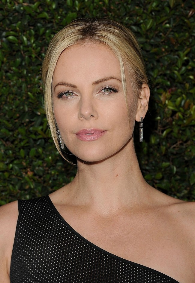 WTFSG_charlize-theron-harry-winston_1