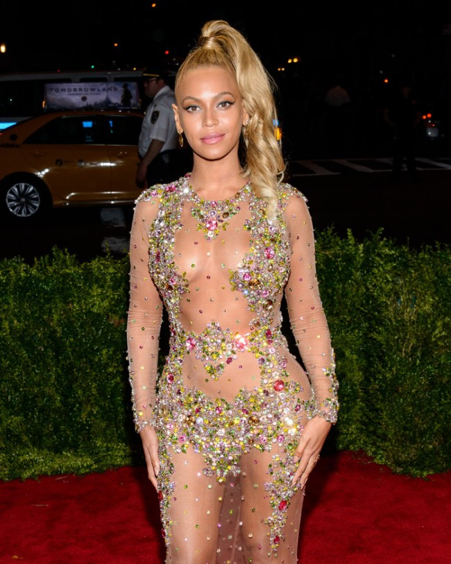 WTFSG_Beyonce-High-Ponytail-Hairstyle-Met-Gala