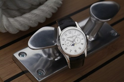 WTFSG_frederique-constant-runabout-moonphase_2