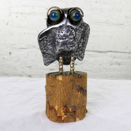 Mid Century Modern Owl Sculpture by Curtis Jere in Cast Aluminum on Wood Stump