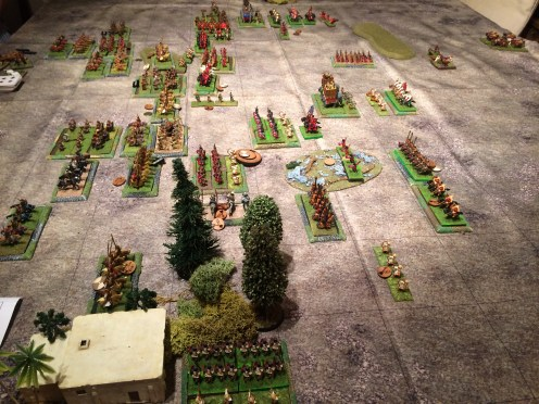 The view from the left flank. One unit of Auxilia has been lured into the woods and proved unable to ever (difficult) move again. Another unit has finally been destroyed by cataphracts who now face the light horse and the reserve cavalry units on the left.