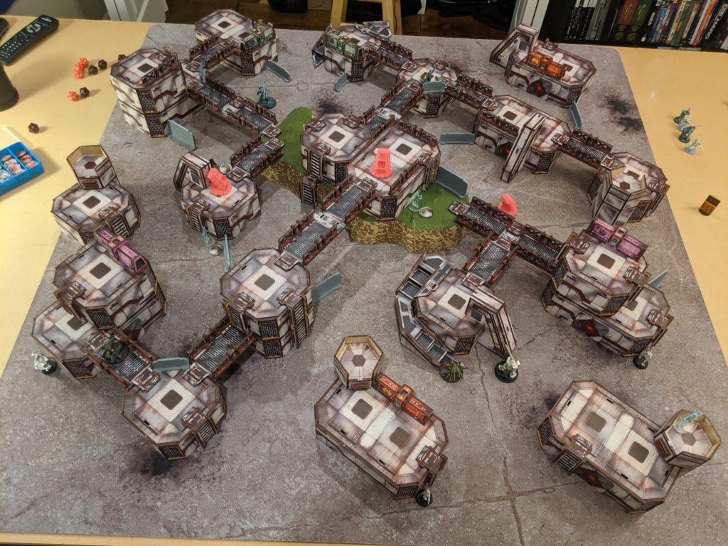 Infinity Code One terreno de la Primera Batalla de este wargame de miniaturas