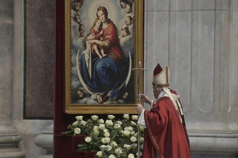 Blessed Virgin Mary: Rome's idolatry