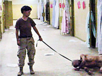 Abu Ghraib: women abusing men