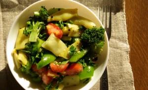 Sałatka z brokułem i fasolką szparagową