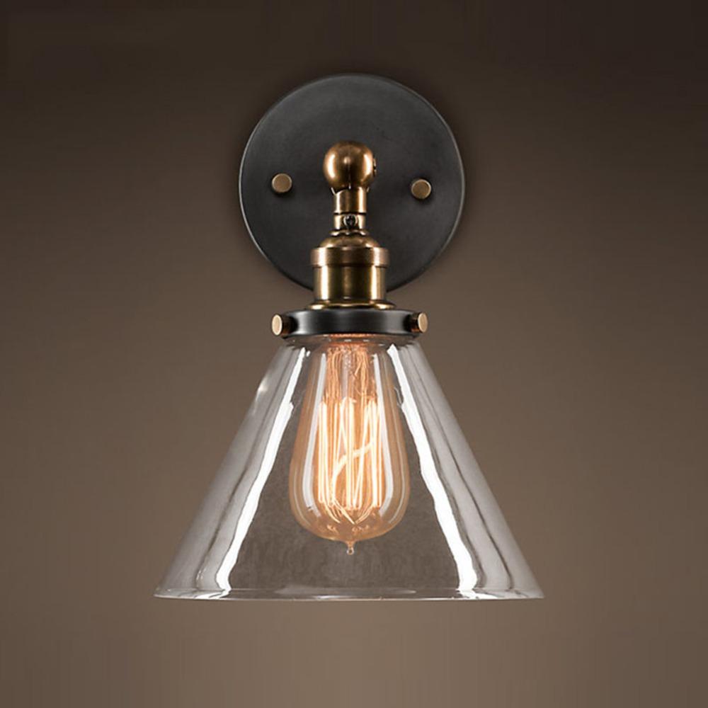 Industrial outdoor wall light