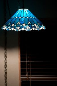 10 adventages of Blue tiffany lamps | Warisan Lighting