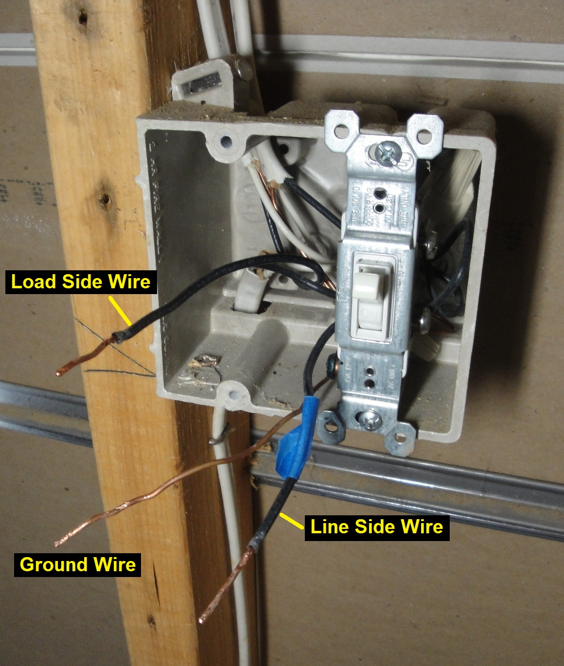 2 Way Lighting Wiring Diagram Uk 10 Simple Steps On How To Wire A Wall Switch To A Light