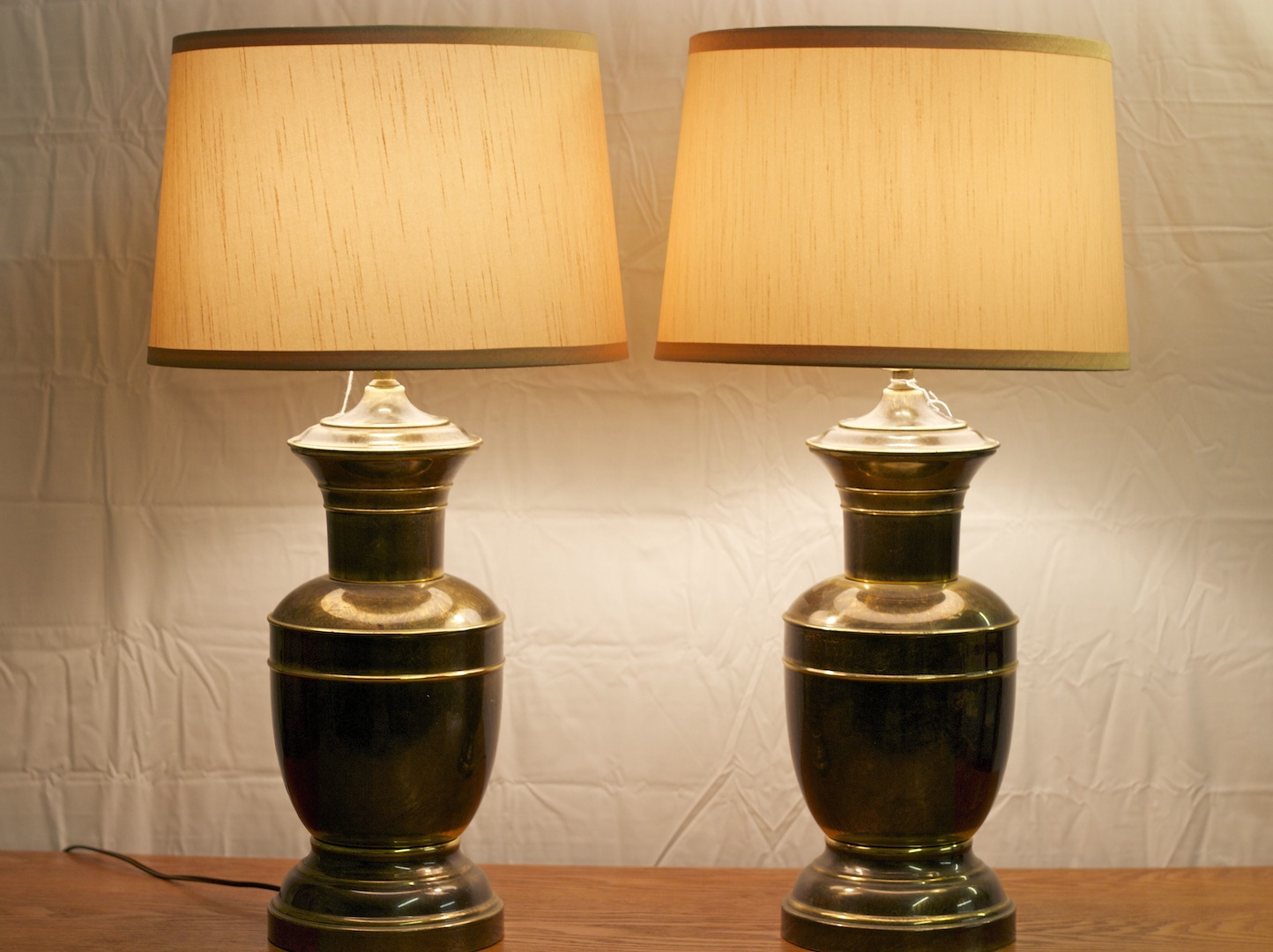 1940s Lamp Shades. 25 Vintage Table Lamps For A Retro Home