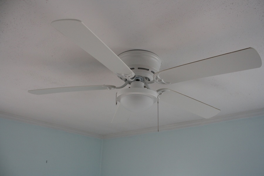 10 Tips for Choosing Bedroom Ceiling Fans