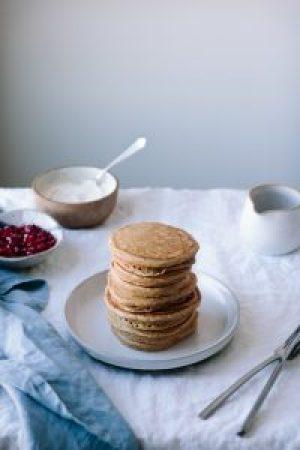 Cardamom Spiced Spelt and Almond Flour Pancakes + Orange-Vanilla Bean Yogurt and Pomegranate Seeds — warmandrosy.com