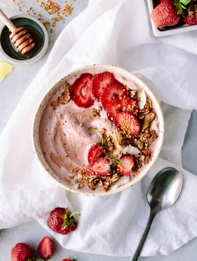 Strawberry Probiotic Smoothie Bowl with Oats + Almond Butter