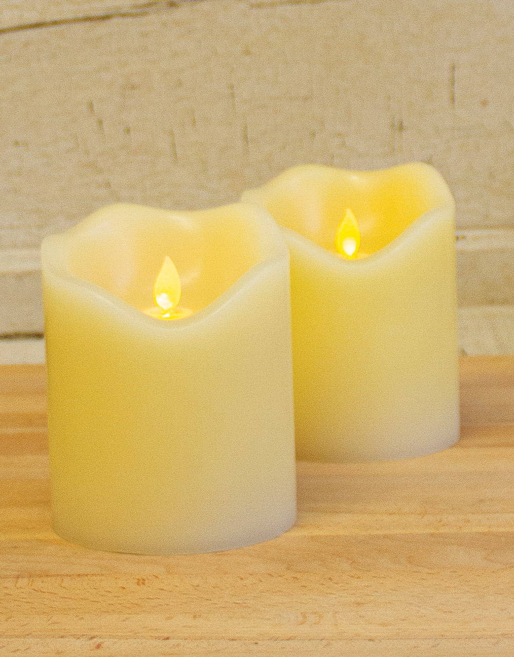 Motion Flame® 4″ x 5″ Battery Operated LED Wax Candle w/ Timer