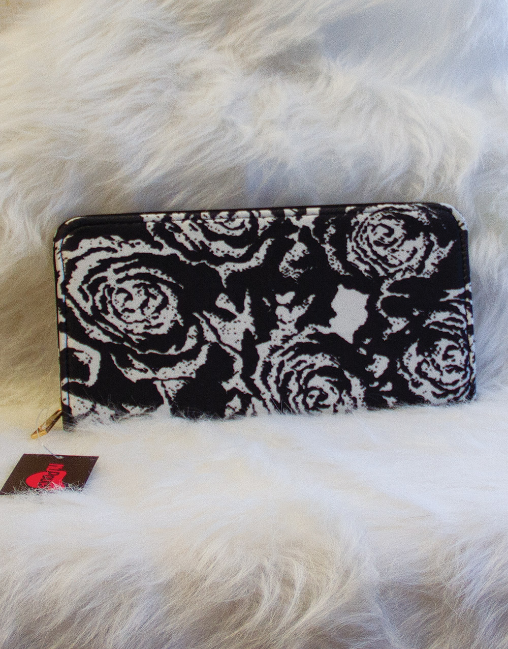 Black and White Roses Nupouch Wallet