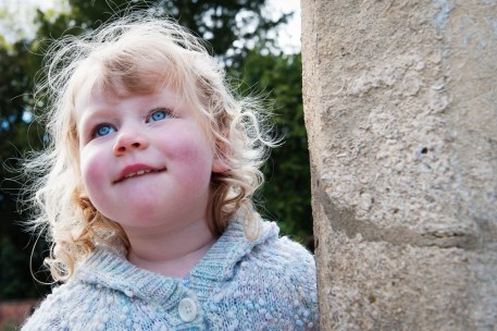 Young girl at The Rookery, Streatham Common. Photographed by Anna Hindocha/Warm Glow Photo