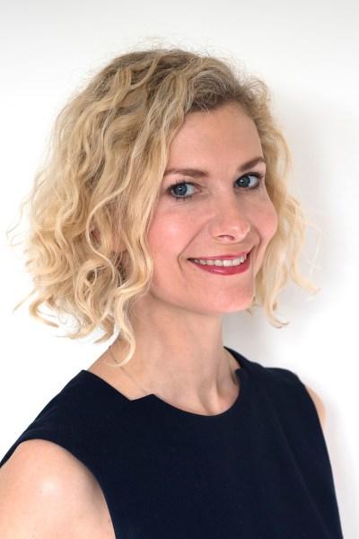 Headshot of Nikki London, Wealth Management Specialist by Anna Hindocha/Warm Glow Photo.