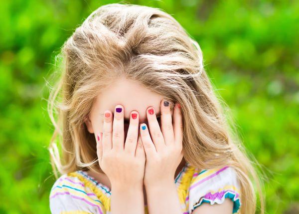 nail_polish_girl