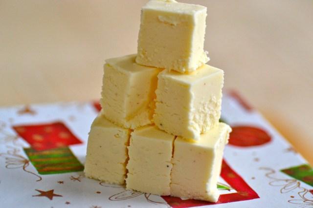 Eggnog Fudge // Warm Vanilla Sugar
