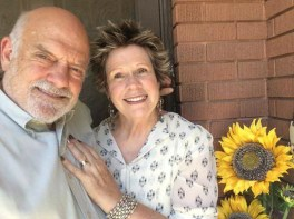 uncle-auntie-by-sunflower