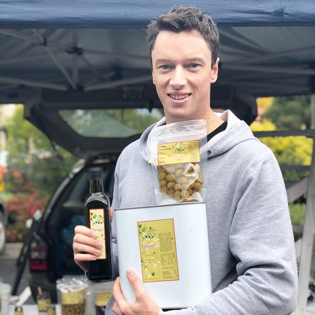 We snapped this photo at last months market and cannot for the life of us remember his name 😬Anyone know this person? … he was visiting our market from Traralgon. Anyhoo … he was loving @taragoolives and was at the market to buy good quality food to take home to fill up his fridge. We hope he comes again THIS Saturday