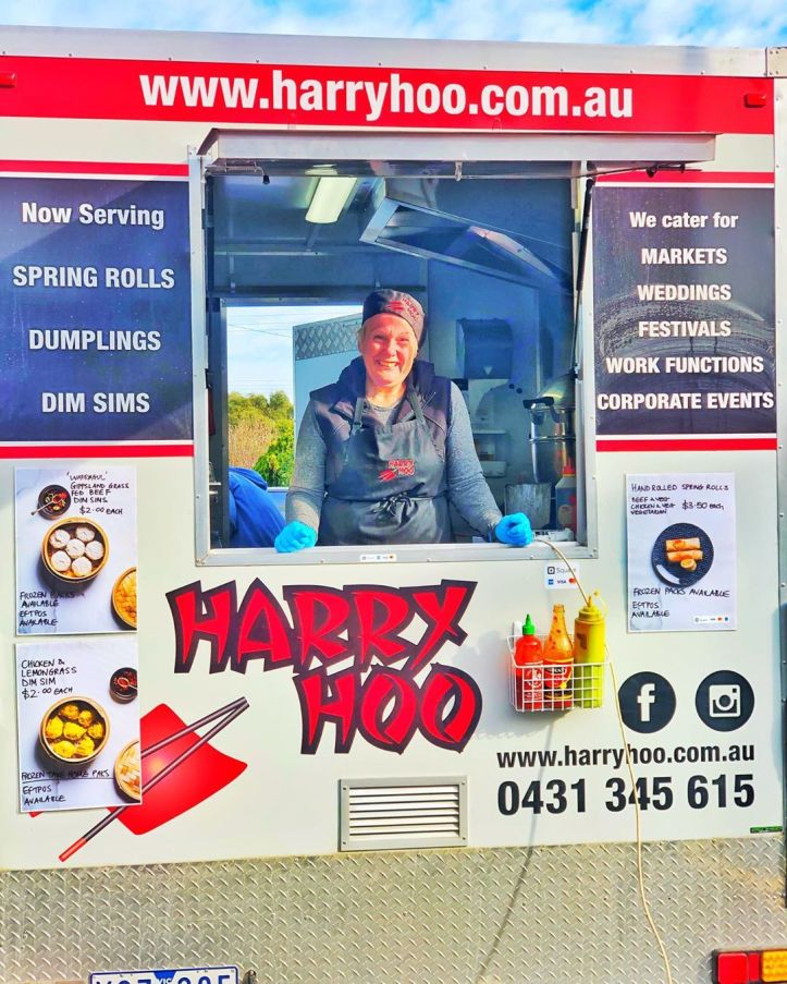 NEW WHEELS!  @harryhoogippsland is debuting her little trailer at the market this morning. This is going to make Leisa's life so much easier. For years, she's been the last one to pack up and leave each month