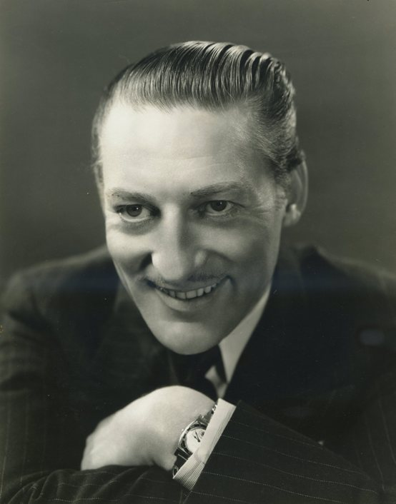 Warren William 1935 portrait