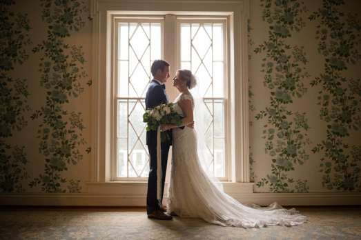 Timelessly Romantic Southern Bride & Groom
