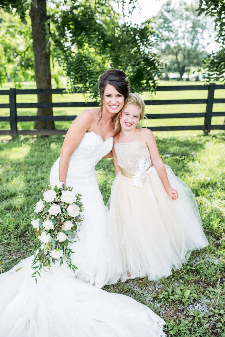 Classic southern bride at Kentucky Estate wedding