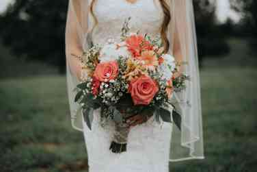 Coral, peach and white rustic country bridal bouquet, Photo by Rainwater Photography