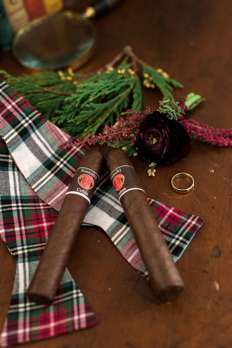 Kentucky cigars at Kentucky winter wedding