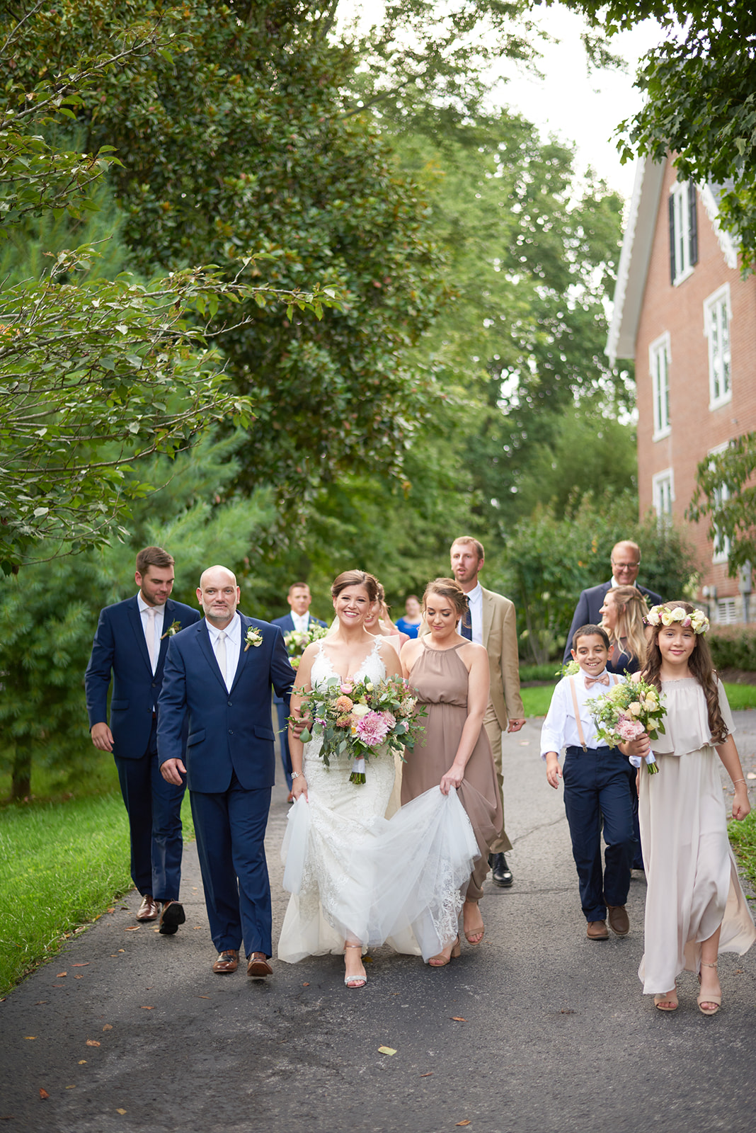 Wedding party at southern glam barn wedding