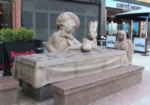 alice_statue