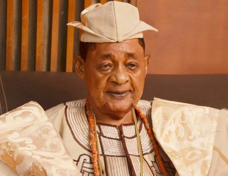 Alaafin of Oyo last wife allegedly exits the palace