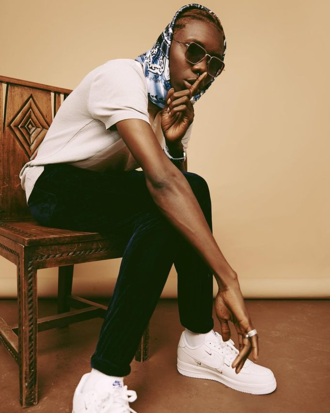 """""""An artiste that left me outside his gate one time dey find collab now"""" – Blaqbonez"""