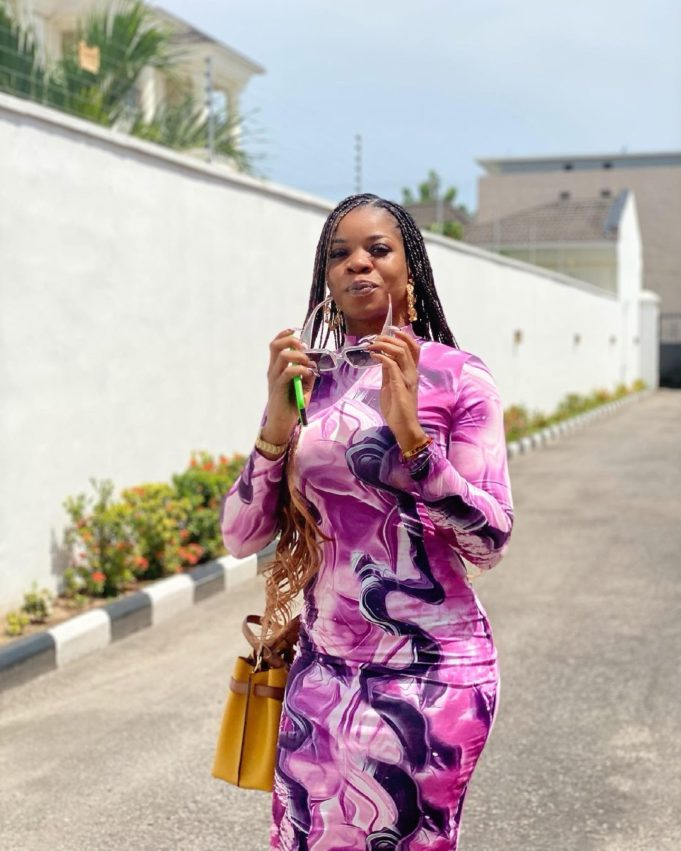"""""""That tweet had nothing to do with Wizkid"""" – Wizkid's 1st baby mama, Sola shares a disclaimer"""